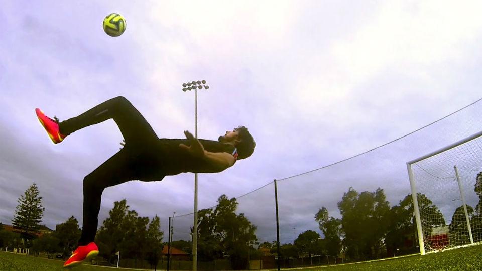 Cara melatih tendangan salto