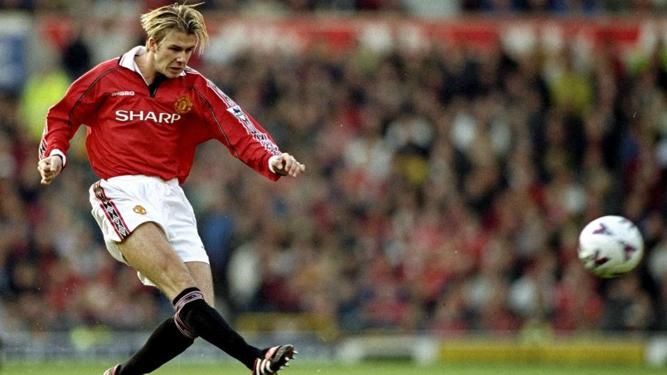 David Beckham yang memiliki kaki kanan lebih panjang ketimbang yang kiri